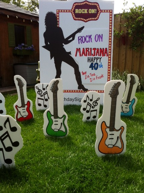 Rocker Lawn Greeting Theme.