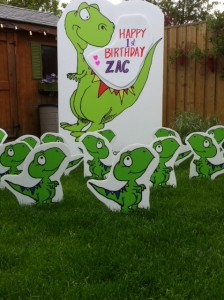 photo 38 e1369399214988 224x300 Birthday Lawn Signs Mississauga
